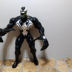 Figuras y Muñecos Marvel: MUÑECO VENOM SPIDERMAN MARVEL 1997 TOY BIZ FIGURA. Lote 180347295