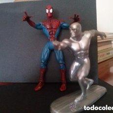 Figuras y Muñecos Marvel: SPIDERMAN 2000 ARTICULADO Y ESTELA PLATEADA 1997. Lote 191440276