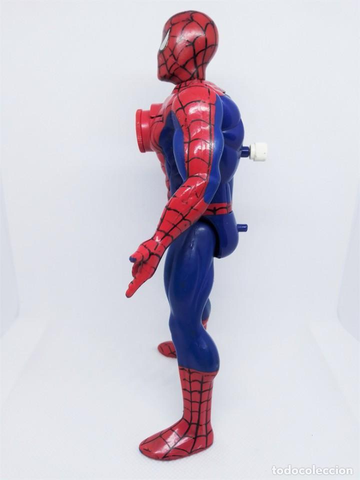 Figuras y Muñecos Marvel: Figura de Spider-Man Projectors Spiderman Proyector © 1994 MARVEL TOY BIZ. INC. CHINA V-2 - Foto 2 - 203970751