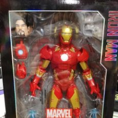 Figuras y Muñecos Marvel: MARVEL LEGENDS IRON MAN. SERIE 30 CM. TOTALMENTE ARTICULADO Y GRAN DETALLE. Lote 204054068