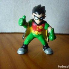 Figuras y Muñecos Marvel: MINI FIGURA DE ROBIN - DC COMICS - 3,5 CM. Lote 206359653