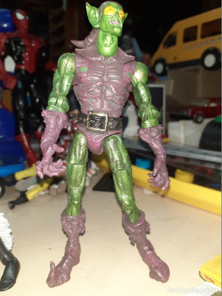 Figuras y Muñecos Marvel: Marvel Legends Toy Biz.Lote de 2 figuras. la Gata Negra y el Duendecillo Verde. - Foto 3 - 210174190
