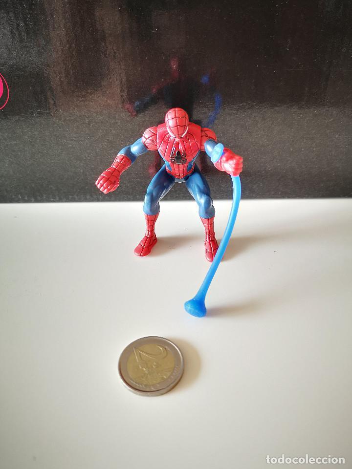 Figuras y Muñecos Marvel: RARA FIGURA PVC SPIDERMAN HASBRO SPIDER MAN ARTICULADA MUÑECO MARVEL BUEN ESTADO VENGADORES - Foto 2 - 218305127