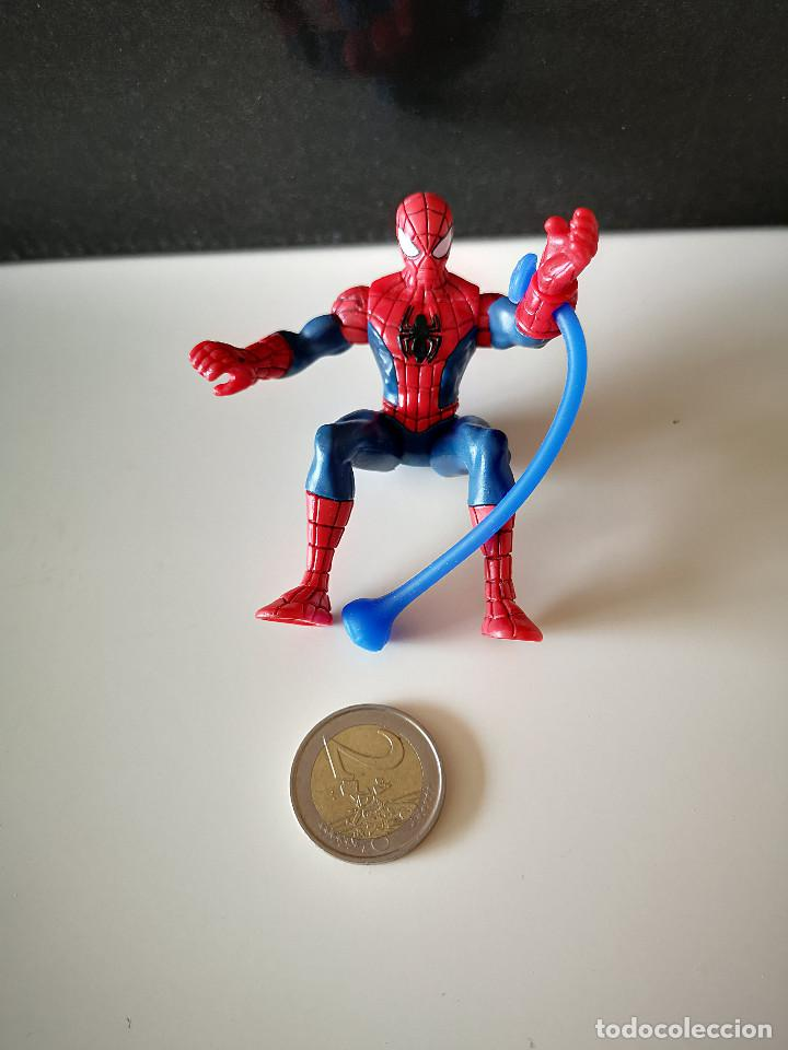 Figuras y Muñecos Marvel: RARA FIGURA PVC SPIDERMAN HASBRO SPIDER MAN ARTICULADA MUÑECO MARVEL BUEN ESTADO VENGADORES - Foto 3 - 218305127