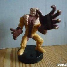 Figuras y Muñecos Marvel: FIGURA ATTACKTIX SABRETOOTH - MARVEL - HASBRO 2006 -8 CM. Lote 221532745