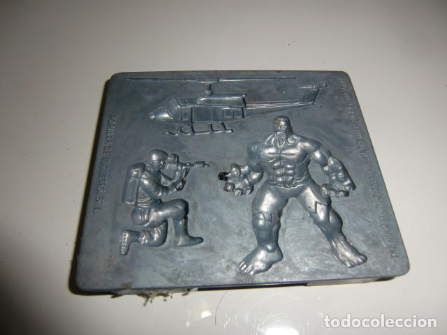 Figuras y Muñecos Marvel: Molde - Horno fabrica de moldes Hulk, para modelar figuras de Popular de Juguetes, años 2002 - Foto 2 - 222232940