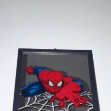 Figuras y Muñecos Marvel: ESPEJO SPIDERMAN MARVEL ULTIMATE ENMARCADO. Lote 228909918