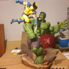 Figuras y Muñecos Marvel: HULK VS WOLVERINE SIDESHOW. Lote 236093665