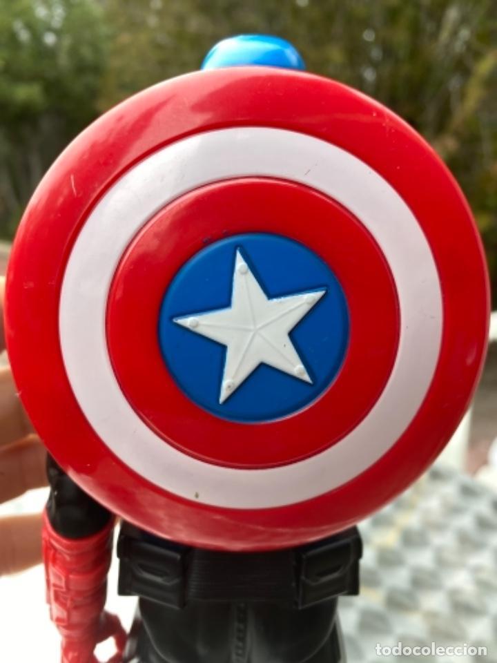 Figuras y Muñecos Marvel: CAPITÁN AMERICA con escudo 30 cm los vengadores HASBRO 2014 / MARVEL - Foto 4 - 238738615