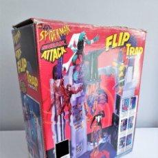 Figuras y Muñecos Marvel: SPIDER-MAN SNEAK ATTACK FLIP 'N TRAP PLAYSET DE TOYBIZ SPIDERMAN. Lote 251287690
