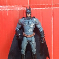 Figuras y Muñecos Marvel: FIGURA ARTICULADA BATMAN 14 CENTÍMETROS. Lote 263714925