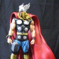 Figuras y Muñecos Marvel: THOR MUSEUM BOWEN RANDY BOWEN ESTADO COMO NUEVO. Lote 269762848