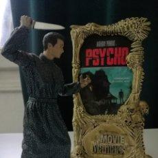Figuras y Muñecos Mcfarlane: FIGURA Y BASE PSICOSIS (PSYCHO,ALFRED HITCHCOCK) NORMAN BATES .MC FARLANE 1999 .MOVIE MANÍACOS.20 CM. Lote 201274101