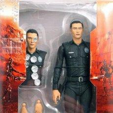 Figuras y Muñecos Mcfarlane: TERMINATOR GENESYS T-1000 POLICE DISGUISE FIGURA 18CM NECA * OFFICIAL * EN BLISTER SELLADO. Lote 203176163