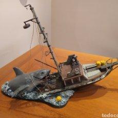 Figuras y Muñecos Mcfarlane: JAWS, MCFARLANE . TIBURÓN, FIGURA ESCENA DE LA PELÍCULA.. Lote 215720471