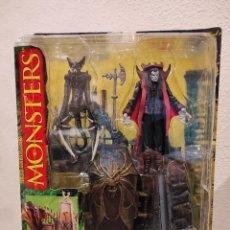 Figuras y Muñecos Mcfarlane: MONSTERS MCFARLANE DRÁCULA PLAYSET -SERIES 1 ONE- NUEVO, EN BLÍSTER, 1997. Lote 234471620