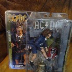 Figuras y Muñecos Mcfarlane: ANGUS YOUNG OF AC/DC. MCFARLANE TOYS 2001. NUEVO, SIN ABRIR.FARLANE. Lote 288401208