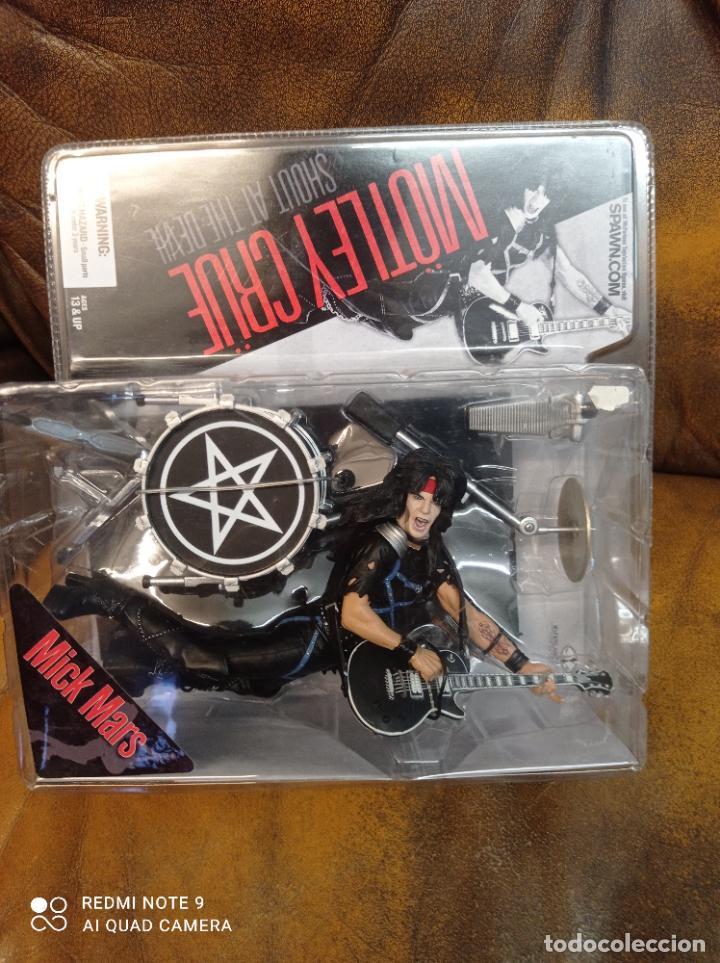 Figuras y Muñecos Mcfarlane: Mick Mars, Mötley Crüe. Shout at the devil. Mcfarlane Toys 2005. Nuevo, sin abrir.Farlane - Foto 2 - 288402678