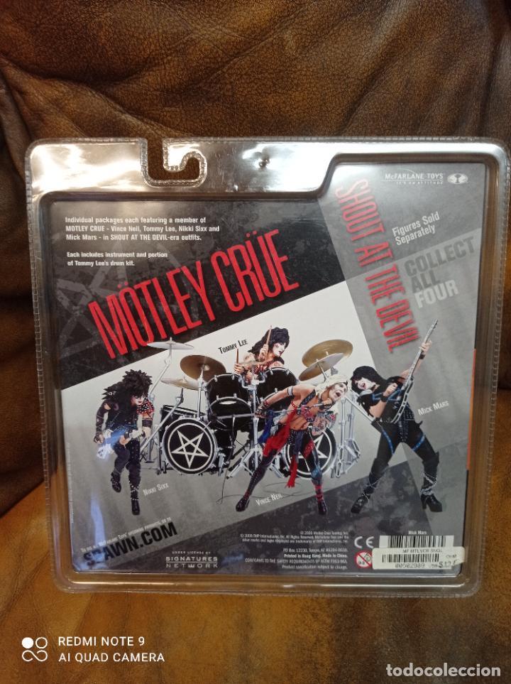 Figuras y Muñecos Mcfarlane: Mick Mars, Mötley Crüe. Shout at the devil. Mcfarlane Toys 2005. Nuevo, sin abrir.Farlane - Foto 3 - 288402678