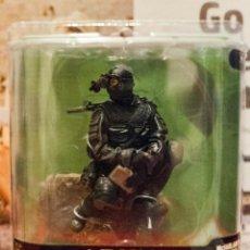 Figuras y Muñecos Mcfarlane: MCFARLANE MILITARY SERIES 7:ARMY SPECIAL FORCES NIGHT OPS 11X12X10 CTS.EXCELENTE ESTADO. Lote 295334188