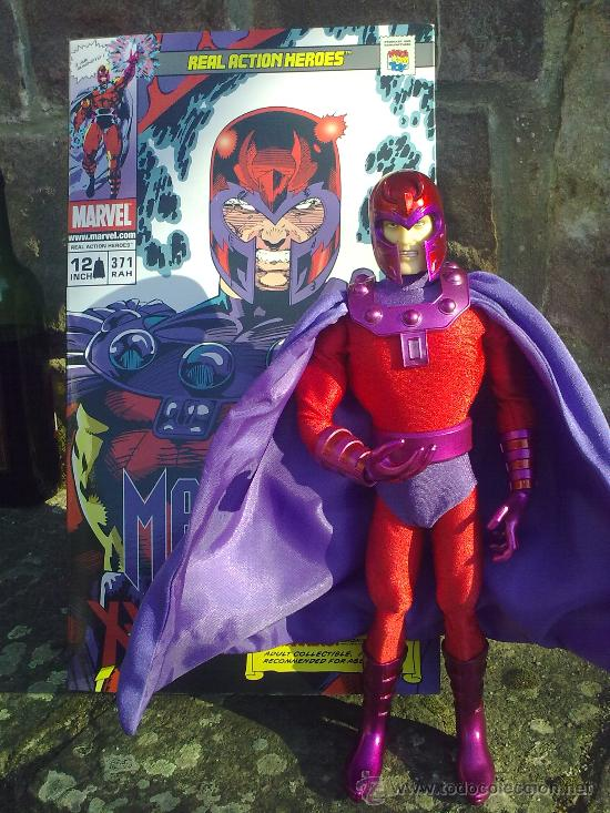 Figuras y Muñecos Mego: Línea Mego-Casa Medicom-X Men. Magneto- En Caja- 30 cms. ¡Impresionante trabajo en tela! - Foto 3 - 22015524