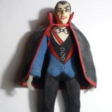 Figuras y Muñecos Mego: MUÑECO PERSONAJE CINE TERROR DRACULA ---H.KONG BB. Lote 84698544