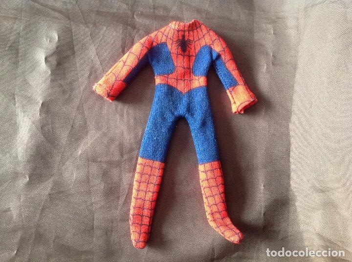 Figuras y Muñecos Mego: Traje clásico Spiderman Mego con una mancha VER FOTOS LEER DESCRIPCIÓN - Foto 2 - 134892830
