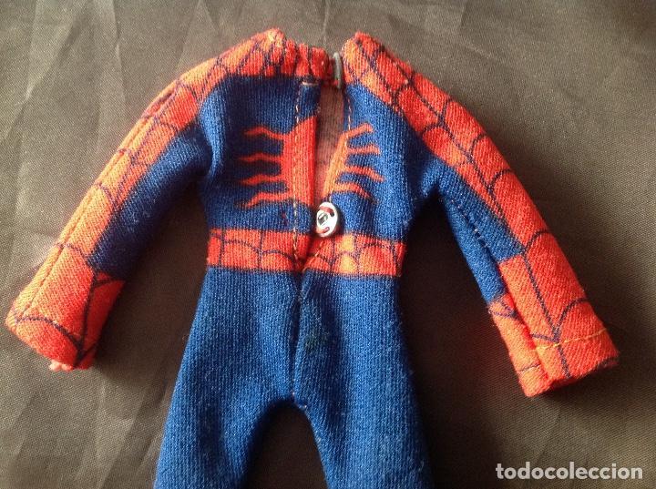 Figuras y Muñecos Mego: Traje clásico Spiderman Mego con una mancha VER FOTOS LEER DESCRIPCIÓN - Foto 6 - 134892830