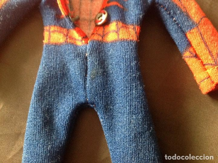 Figuras y Muñecos Mego: Traje clásico Spiderman Mego con una mancha VER FOTOS LEER DESCRIPCIÓN - Foto 8 - 134892830