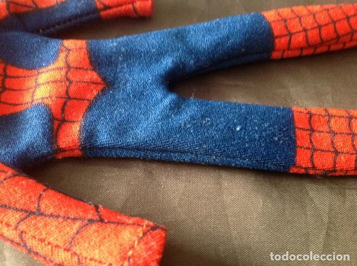 Figuras y Muñecos Mego: Traje clásico Spiderman Mego con una mancha VER FOTOS LEER DESCRIPCIÓN - Foto 13 - 134892830