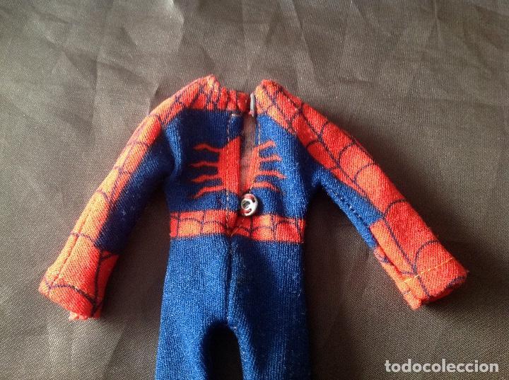 Figuras y Muñecos Mego: Traje clásico Spiderman Mego con una mancha VER FOTOS LEER DESCRIPCIÓN - Foto 19 - 134892830