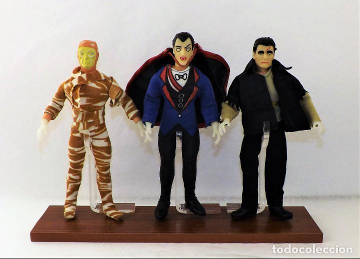 Figuras y Muñecos Mego: Vitrina expositora para muñecos Mego o similares - Foto 9 - 150619918