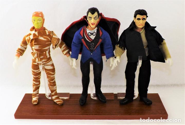 Figuras y Muñecos Mego: Vitrina expositora para muñecos Mego o similares - Foto 10 - 150619918