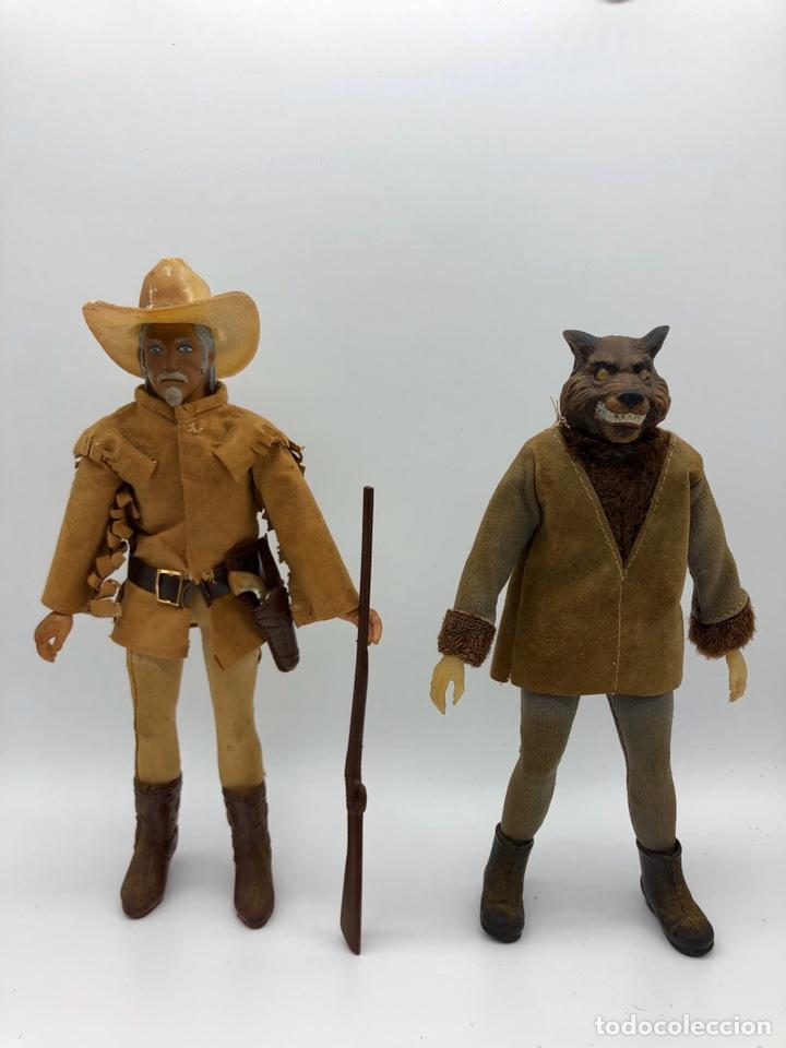 LOTE 2 FIGURAS MEGO BUFFALO BILL Y MEGO WOLFMAN HOMBRE LOBO /NO ES MADELMAN GIPERMAN (Juguetes - Figuras de Acción - Mego)