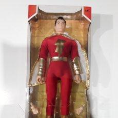 Figuras y Muñecos Mego: FIGURA SHAZAM RETRO MEGO 36 CM. Lote 286764193