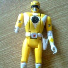 Figuras y Muñecos Power Rangers: POWER RANGERS AMARILLO CON CABEZA REVERSIBLE. 1993 BANDAI - VINTAGE 90´S. Lote 38914845