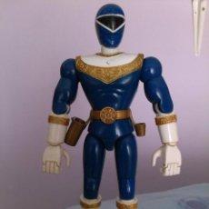 Figuras y Muñecos Power Rangers: FIGURA POWER RANGERS POWER RANGER 21 CM MOVIMIENTO BRAZO Y SONIDO BANDAI. Lote 43966975