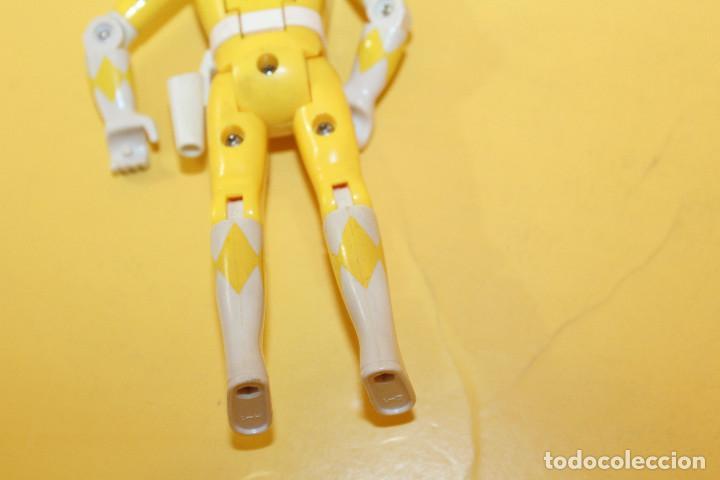 Figuras y Muñecos Power Rangers: POWER RANGERS COLOR AMARILLO CABEZA GIRATORIA DE BANDAI - AÑO 93 - Foto 11 - 98618319