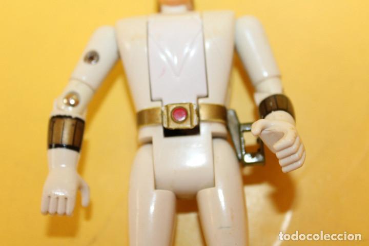Figuras y Muñecos Power Rangers: POWER RANGERS COLOR BLANCO CABEZA GIRATORIA DE BANDAI - AÑO 93 - Foto 7 - 98618803
