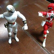 Figuras y Muñecos Power Rangers: BLANCO Y ROJO, 20 CM, BANDAI 1995. Lote 105671035