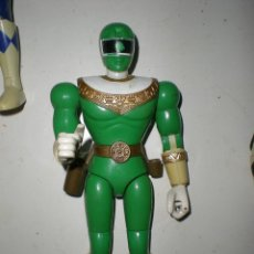 Figuras y Muñecos Power Rangers: ANTIGUO POWER RANGERS VERDE TOTALMENTE ARTICULADO 21 CM AÑO 96 BANDAI ,ARTICULACIONES FUERTES. Lote 121943475