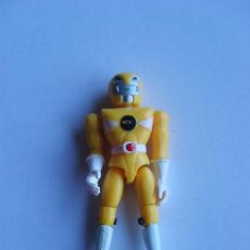 Figuras y Muñecos Power Rangers: POWER RANGER AMARILLO CASCO ANIMAL 8 CM. Lote 109442039
