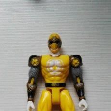 Figuras y Muñecos Power Rangers: POWER RANGERS BANDAI 2002 AMARILLO. Lote 111789668
