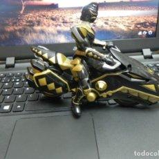 Figuras y Muñecos Power Rangers: POWER RANGERS DINO THUNDER BLACK RAPTOR - MOTO MAS MUÑECO. Lote 134848313