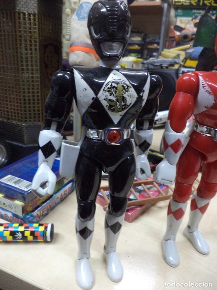 Figuras y Muñecos Power Rangers: Lote Power Ranger Rojo y Negro.Bandai 1993.1ªSerie. - Foto 2 - 139114930