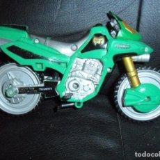Figuras y Muñecos Power Rangers: MOTO BIKE GREEN RANGER - POWER RANGERS FUERZA MISTICA, MYSTIC FORCE 2005 BANDAI . Lote 146266790