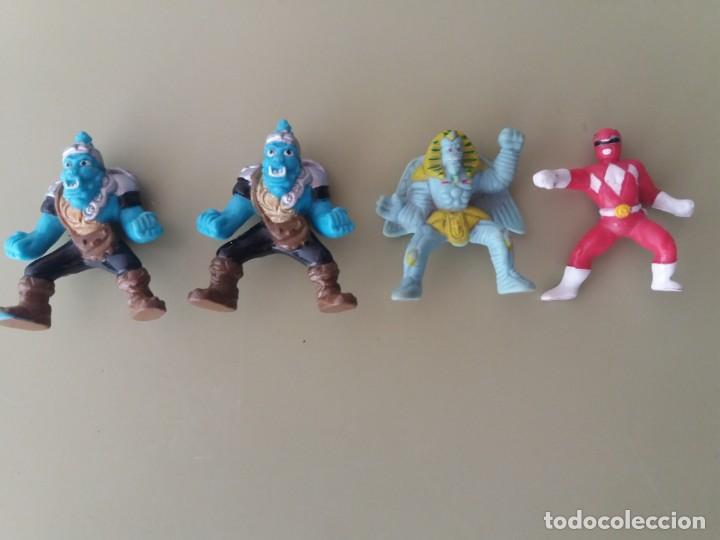 Lote De 4 Figuras De Power Rangers Tipo Kinder Sold At Auction