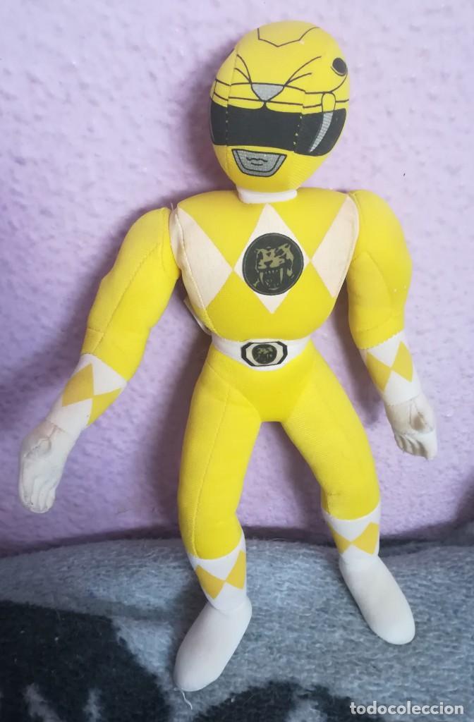 PELUCHE POWER RANGERS AMARILLO 1994 (Juguetes - Figuras de Acción - Power Rangers)