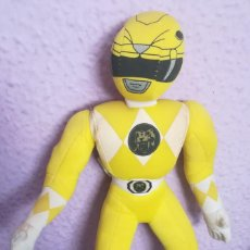 Figuras y Muñecos Power Rangers: PELUCHE POWER RANGERS AMARILLO 1994. Lote 158921410