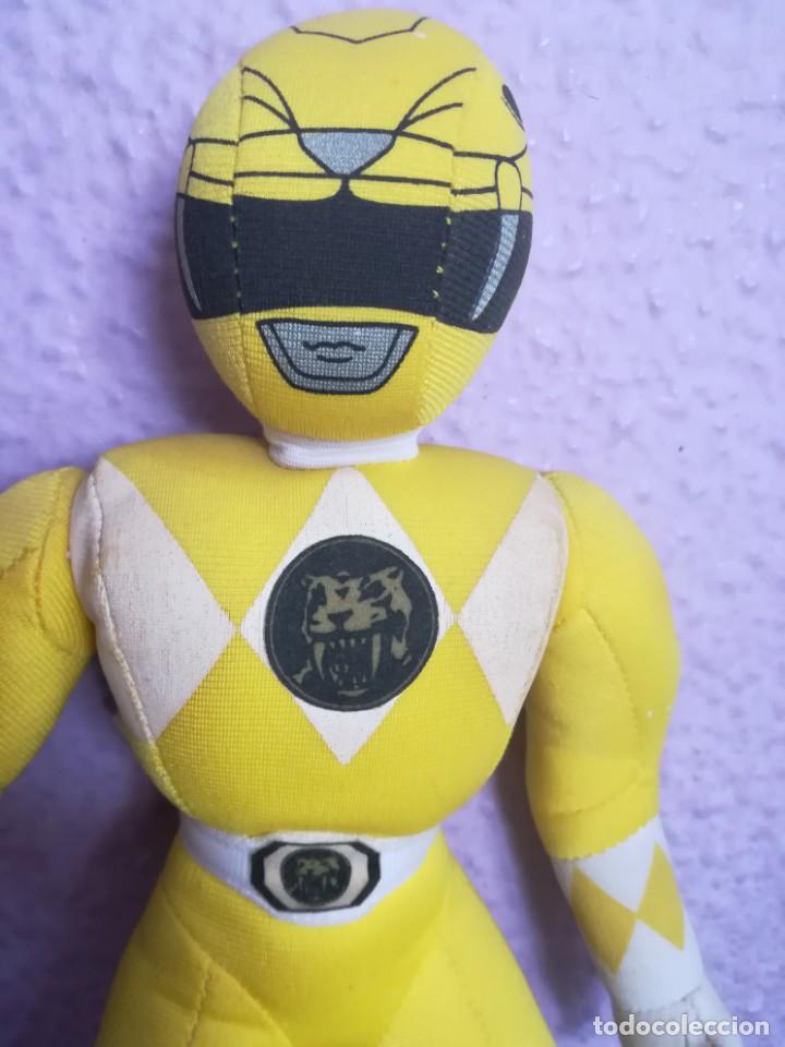 Figuras y Muñecos Power Rangers: PELUCHE POWER RANGERS AMARILLO 1994 - Foto 2 - 158921410